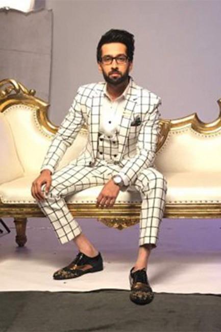 Nakuul Mehta during Star Parivaar Awards 2017