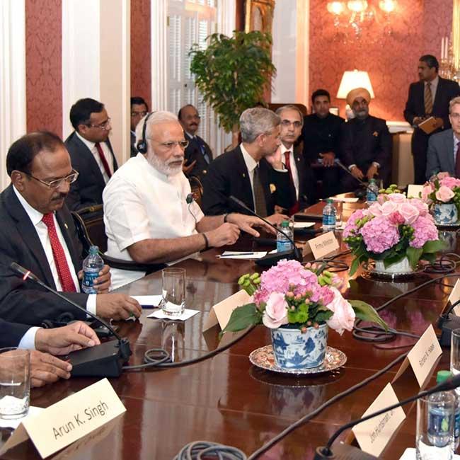 Narendra Modi meets heads of American think tanks