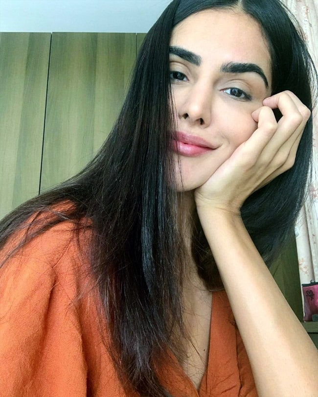 Nathalia Kaur is a Look to Behold