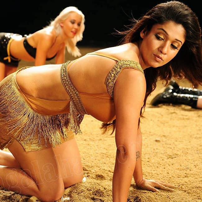 Nayanthara flaunts her sexy body in this picture