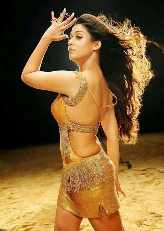 Nayanthara sexy Dance Move