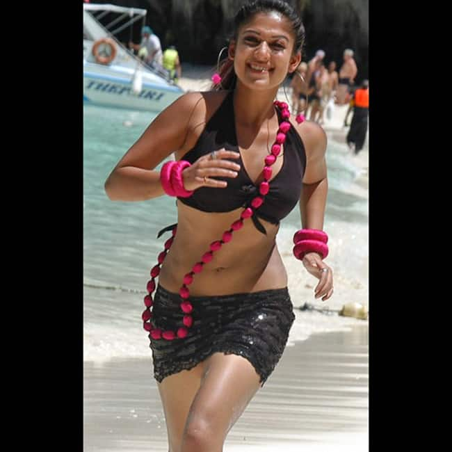 nayanthara hot skirt in yama kantri