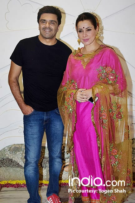 Neelam Kothari with husband Sameer Soni