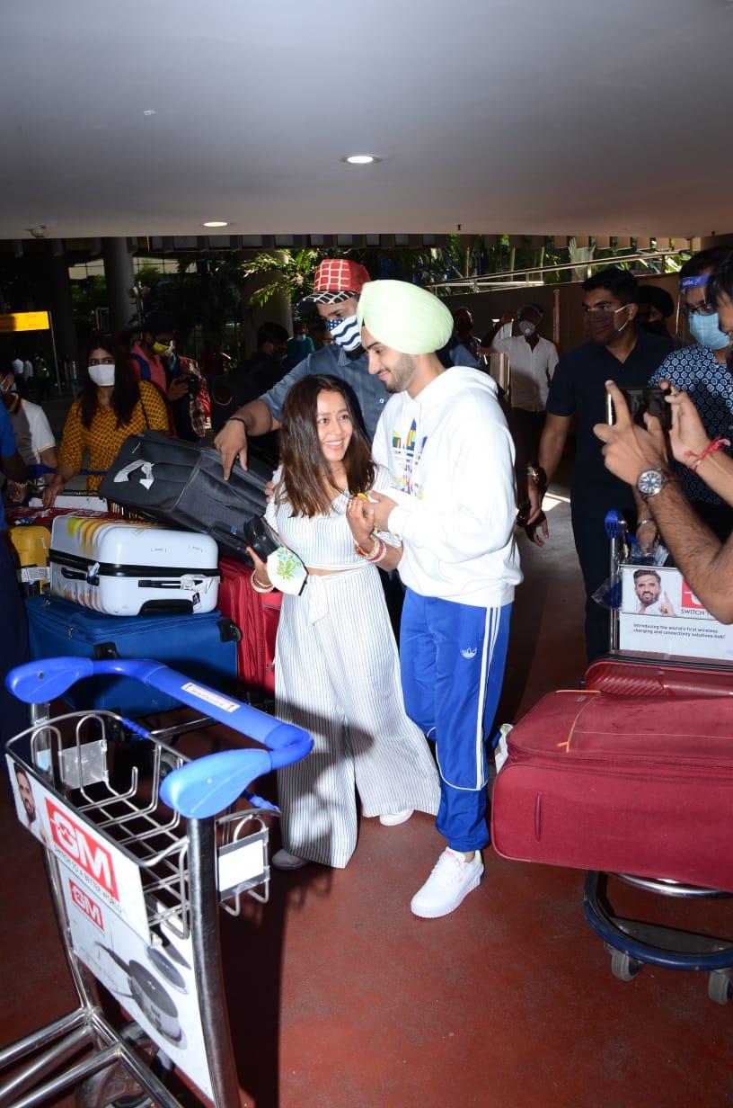 Neha Kakkar and Rohanpreet Singh are back in Mumbai after wedding madness