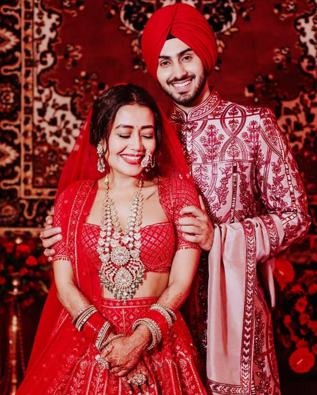 Neha Kakkar and Rohanpreet Singh steal romantic moments at their wedding