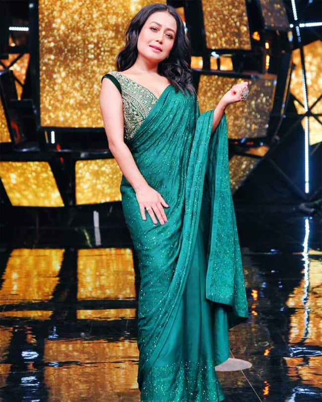 Neha Kakkar loves to flaunt her six yard piece with this irresistible look