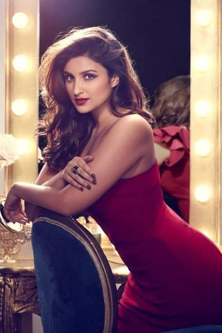 Parineeti Chopra flaunts her curves in this picture
