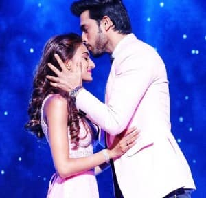Kasautii Zindagii Kay 2 Lovers Parth Samthaan, Erica Fernandes Dance Their Heart Out, See Photos