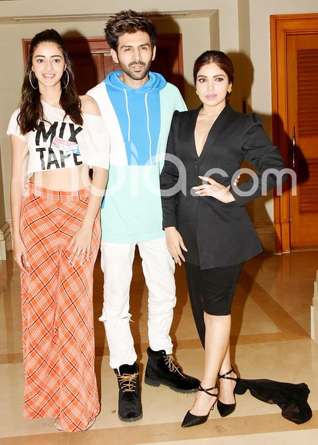 Pati  Patni Aur Woh Promotions  Kartik Aaryan  Ananya Panday  Bhumi Pednekar Stun in Trendy Outfits