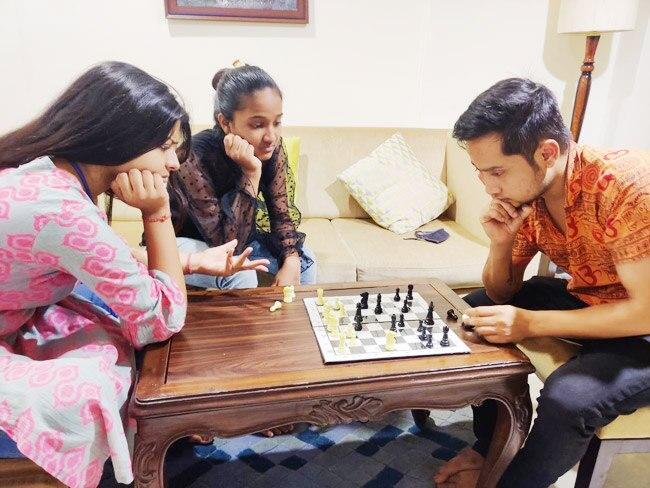 Pawandeep Rajan And Arunita Kanjilal Play Chess