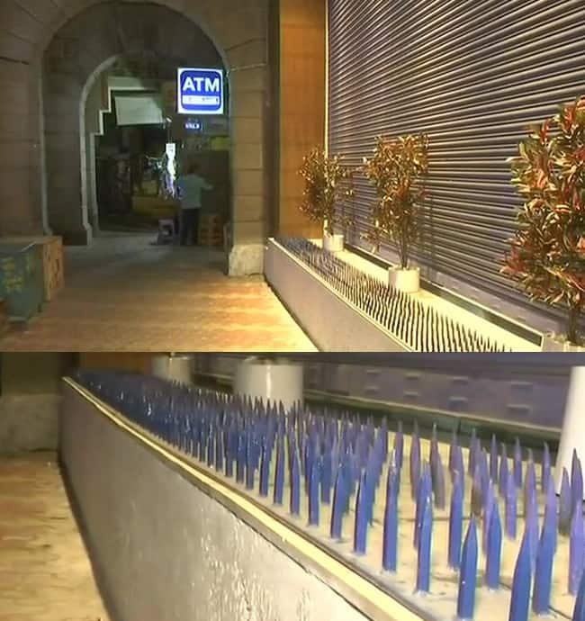 People install iron spikes outside HDFC bank in Mumbai