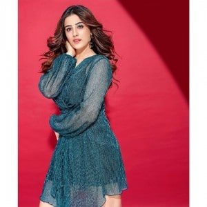 Nupur Sanon Casts Sultry Magic on Fans, Viral Pictures in Sexy Blue Dress Leaves Internet Swooning