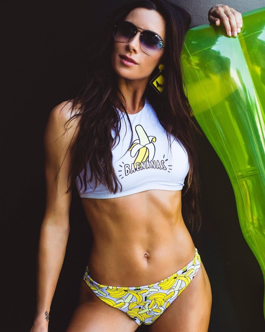 Pilar Rubio s Washboard Abs is a Treat to The Eyes   Sergio Ramos  Wife