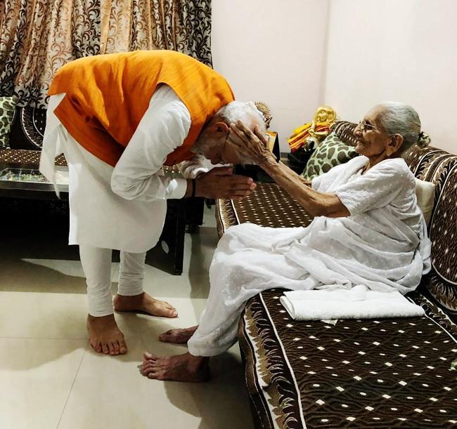 PM Narendra Modi meets mother Heeraben  seeks her blessings