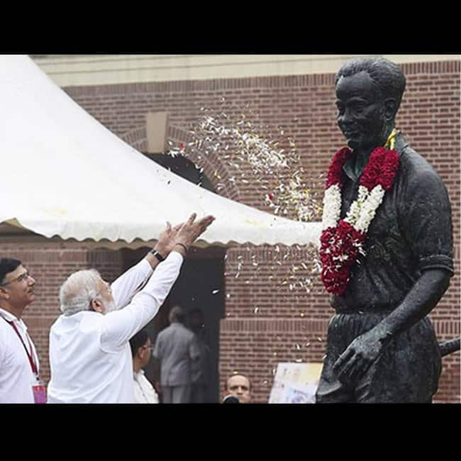 PM Narendra Modi pays tribute to Major Dhyanchand on National Sports Day