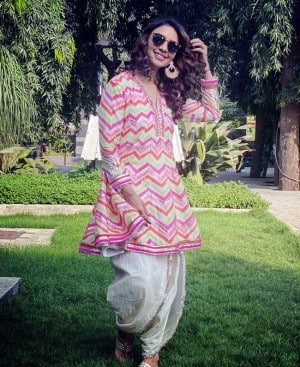 Kumkum Bhagya Fame Pooja Banerjee in Colourful Kurti And Dhoti Pants is Fashionable And Comfortable Clothing