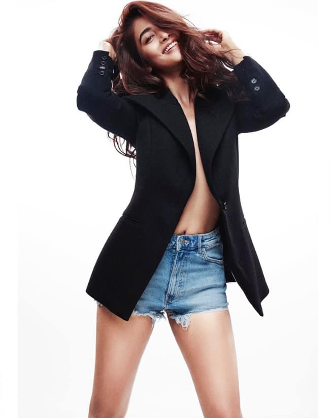 Pooja Hegde Breaks The Internet by Going Shirtless, Flaunts Voluptuous Figure in an Oversized Jacket