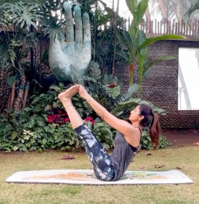 Practicing Yoga Everyday Heals Covid Distress