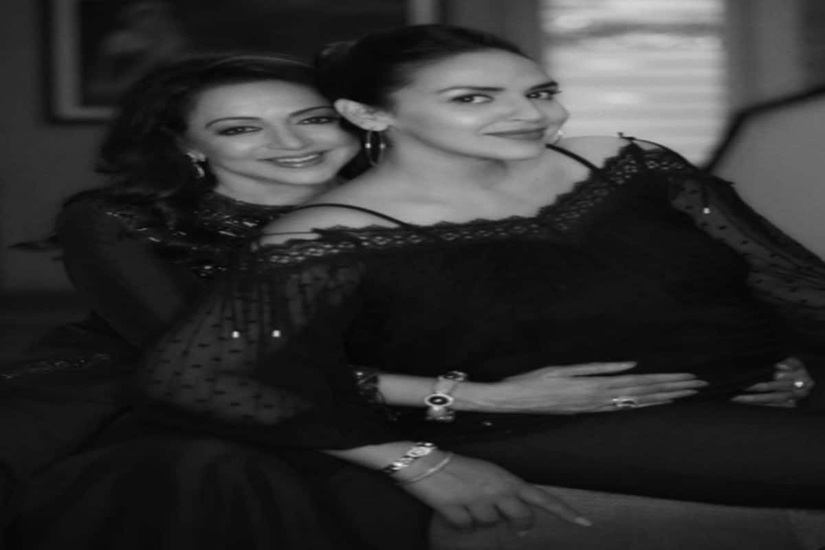 6 pics of Esha Deol with Hema Malini proving that she is