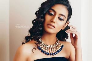 Priya Prakash Varrier Looks Stunning in Black Crop And Skirt as She Flaunts Her Perfect Curves