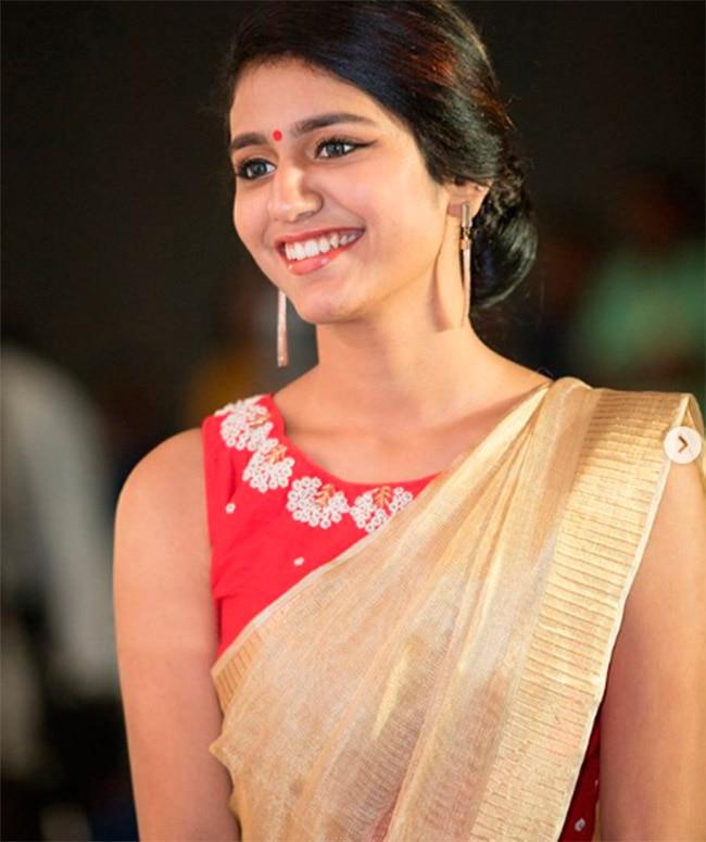 Priya Prakash Varrier s Latest Saree Pic Will Take Your Breath Away