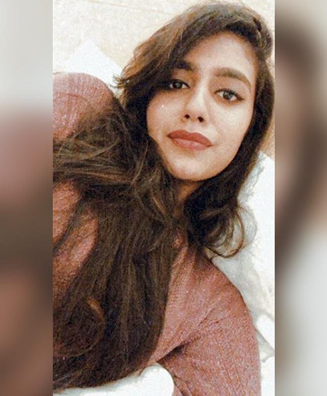 Priya Prakash Varrier   s latest selfie game is on point