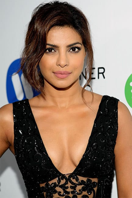 Priyanka Chopra flaunts her sexy cleavage in this picture