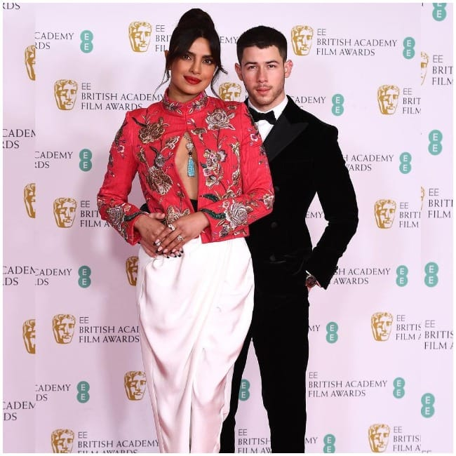 Priyanka Chopra Jonas Nick Jonas look so gorgeous together in news viral pictures