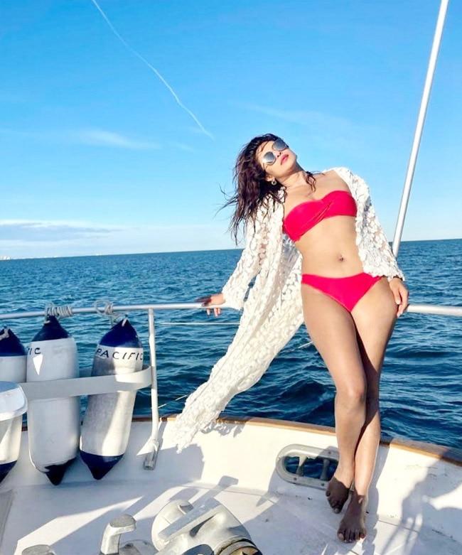 Priyanka Chopra Looks Her Sexiest Best In Hot Red Bikini