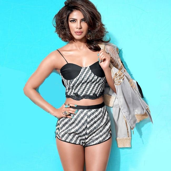 Priyanka Chopra looks hot AF in this picture