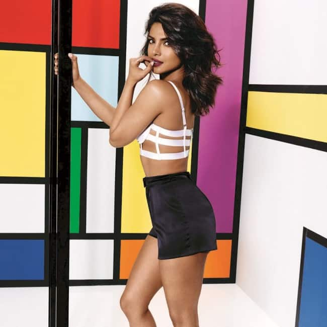 Priyanka Chopra looks sexy in this picture