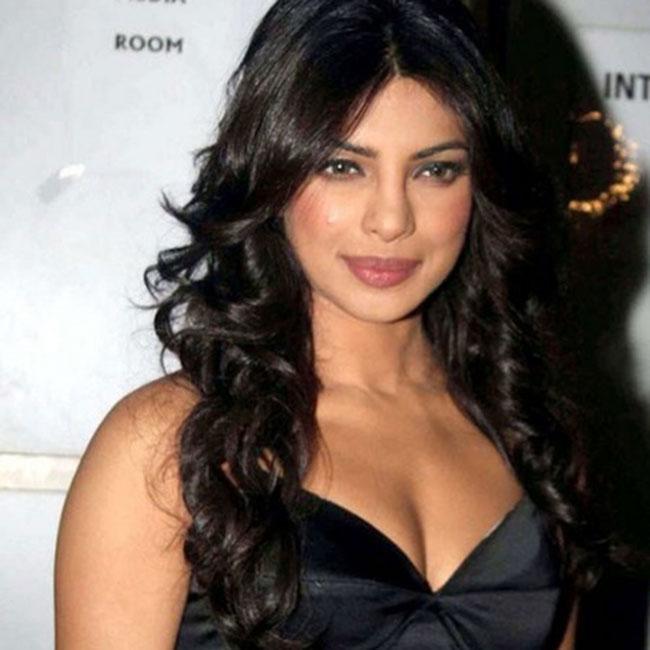 Priyanka Chopra poses for a smoking hot picture