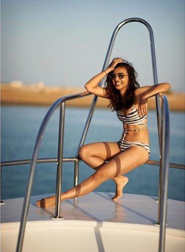 Radhika Apte flaunts her toned body in a swmwear