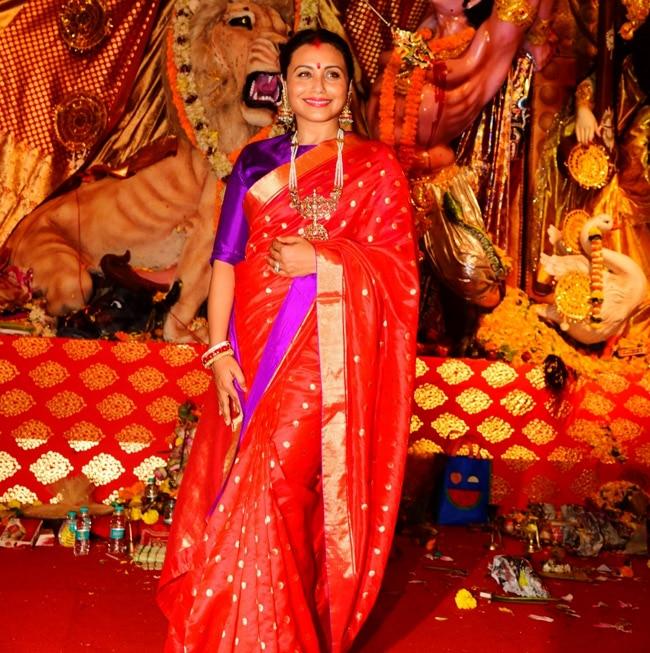 Rani looks killer in red