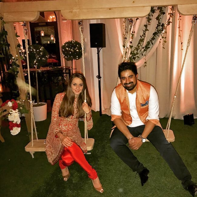 Rannvijay Singh shares a beautiful picture with his wife on Instagram