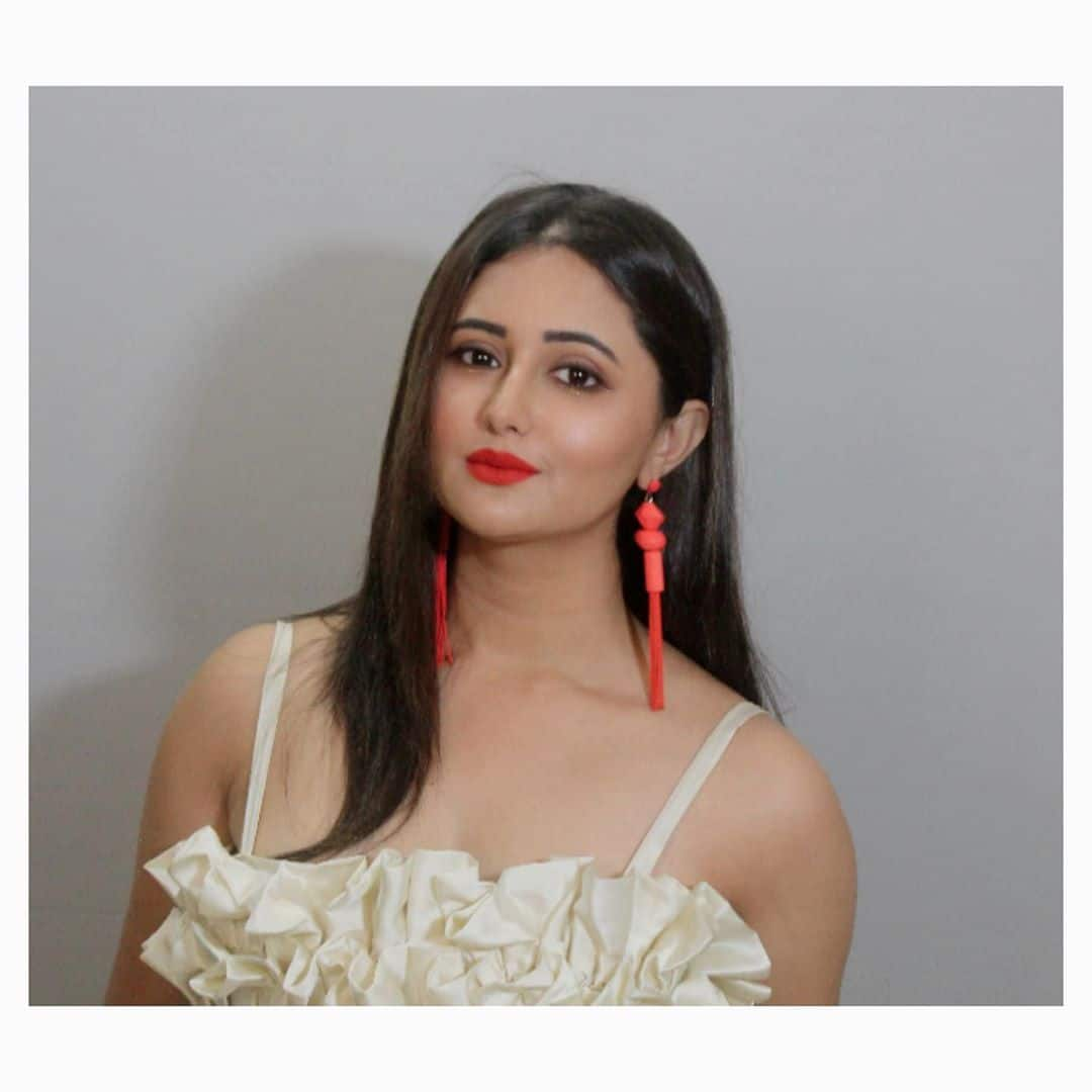 Rashami Desai in Gorgeous White Dress And Red Pair of Earrings
