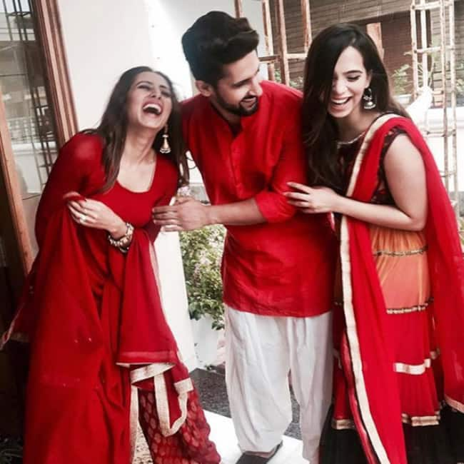 Ravi Dubey with his wife Sargun Mehta at a wedding