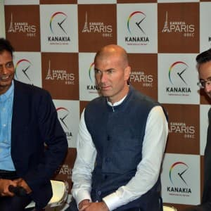 Real Madrid's manager Zinedine Zidane is in India, see pics!