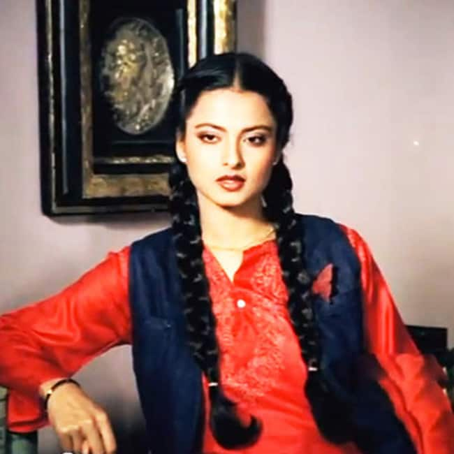 Rekha in Khoobsurat movie