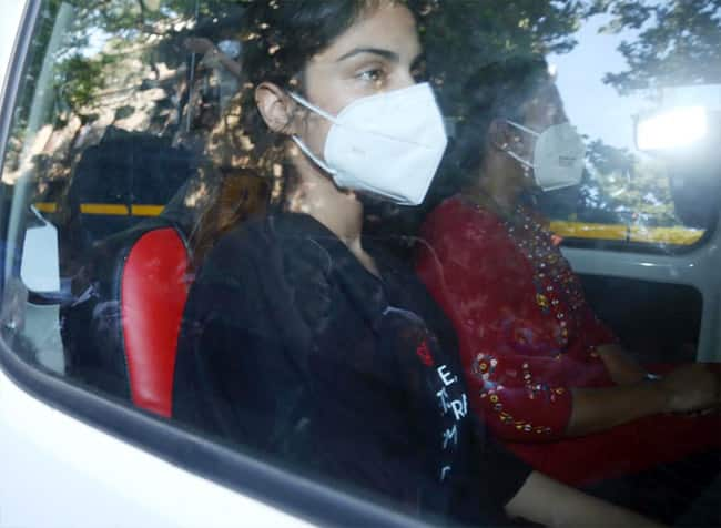 Rhea Chakraborty Arrested Today by NCB