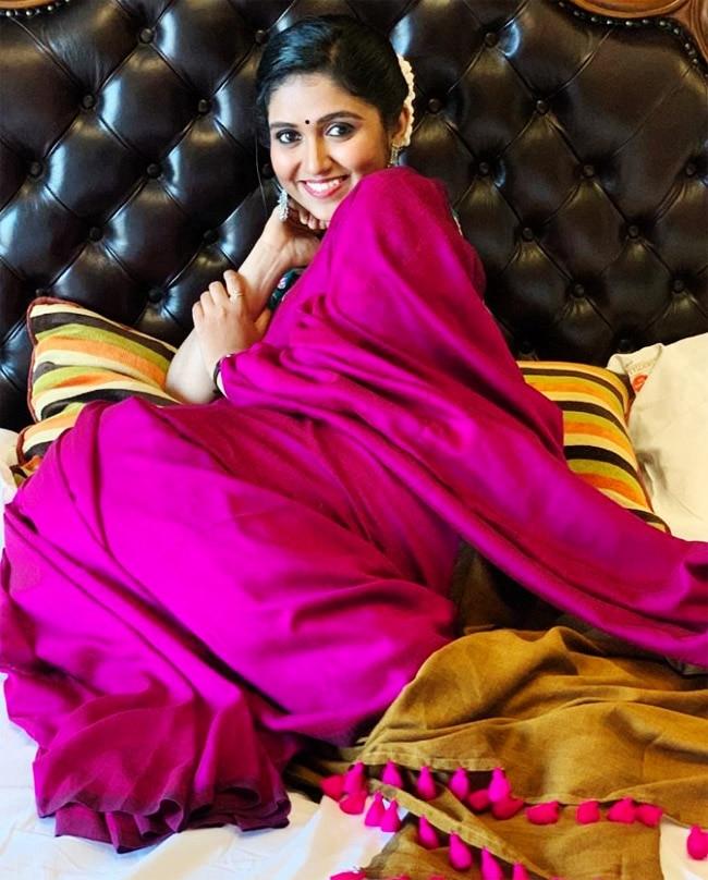 Rinku Rajguru Looks Radiant in Pink Saree