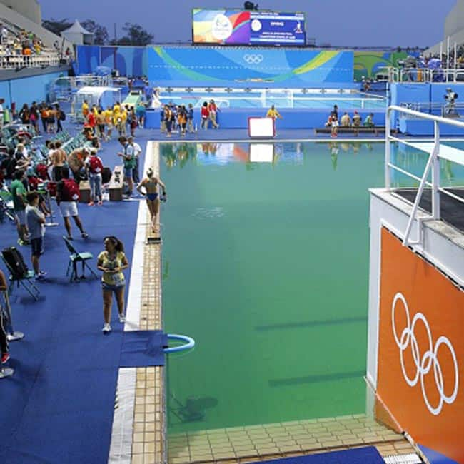 Rio Olympics diving pool turned green