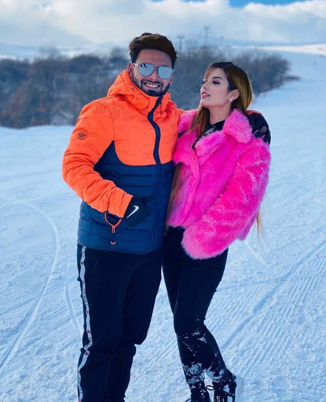 Rishabh Pant With Girlfriend Isha Negi