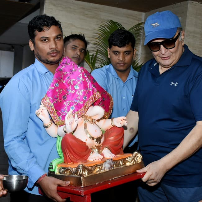 Rishi Kapoor also celebrated the festival