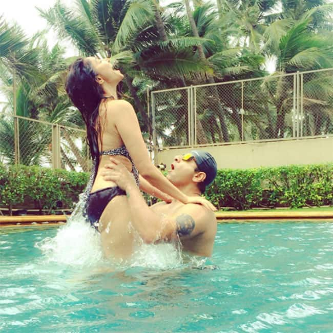 Rishina Kandhari  shares a hot picture with her husband on Instgram