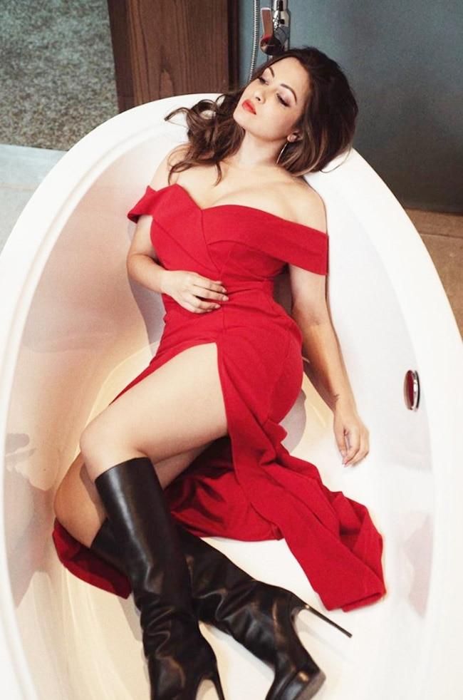 Riya Sen hot look in Red Dress