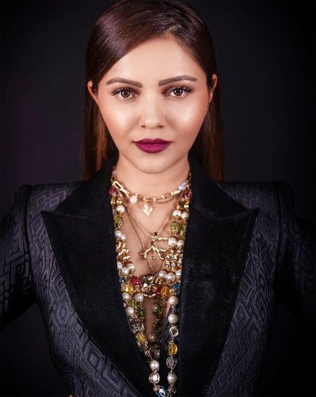 Rubina Dilaik dropped sizzling HOT photos in mini blazer dress featuring plunging neckline