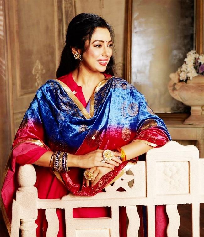 Rupali Ganguly Flaunts Her Ethnic Wear