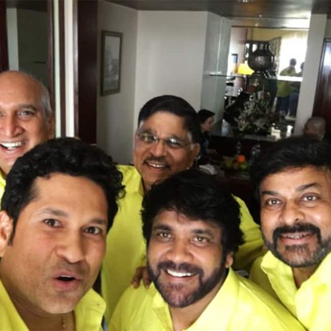 Sachin tendulkar clicks a selfie with Nagarjuna and Chiranjeevi