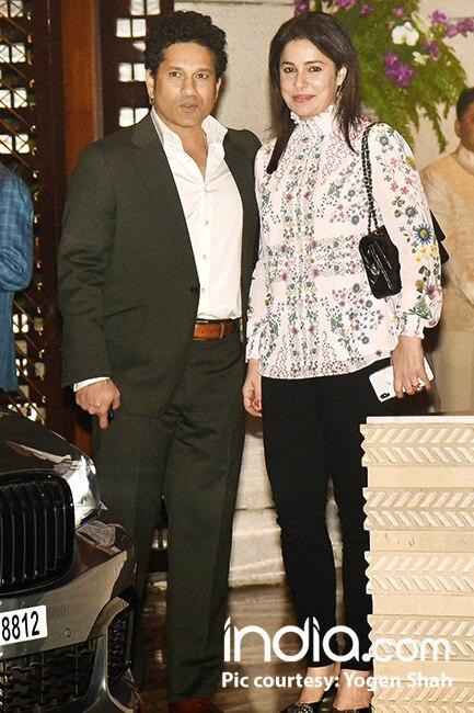 Sachin  Tendulkar with wife Anjali Tendulkar at Mukesh Ambani   s house party